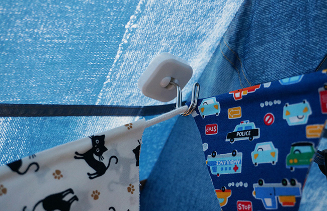 フックのないテントやタープにフックを増やす!100円ショップのアレで簡単に!?
