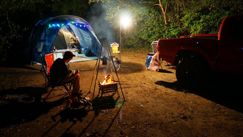 オートキャンプフルーツ村でレインボー焚き火